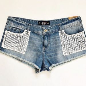 Hollister Crochet Lace Pocket